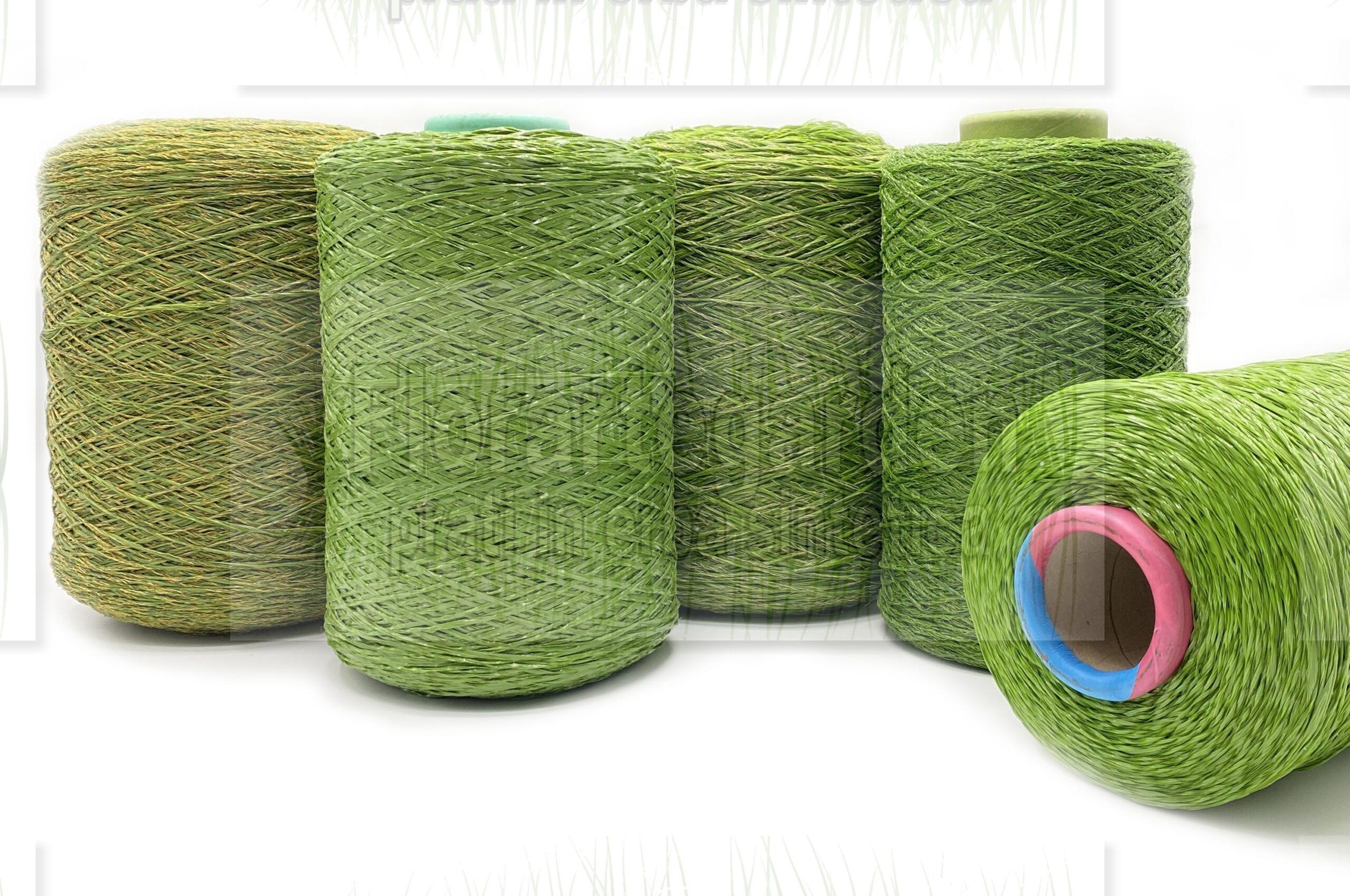 Bobine di filato erba sintetica